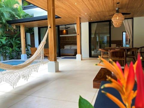 Casa Tina - New 3 Min Walk to Beach Home