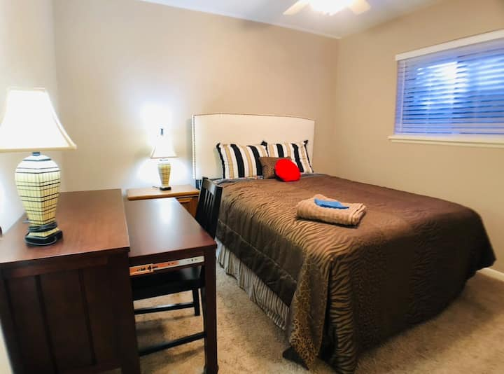 Cozy & Clean Private Room -Great Location