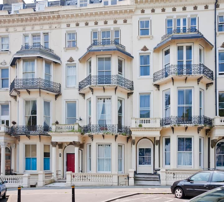 Seaside Chic, Culture and Grandeur in St Leonards