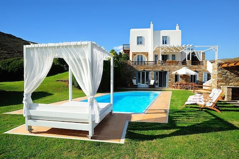 Heliades Luxury Villas Andros-Private pool-seaview