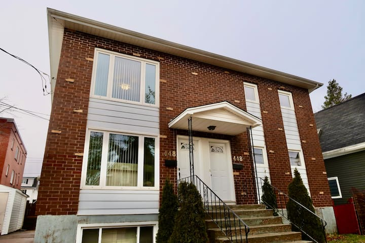 Downtown Moncton - 2 bedrooms  apt for isolation