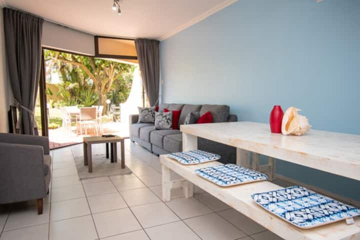 Umhlanga Beach front apartment 3 Cormoran