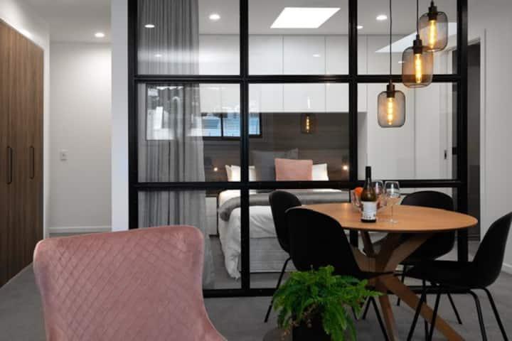 BEST Inner City Luxury Apartment 3 - 1 Bedroom