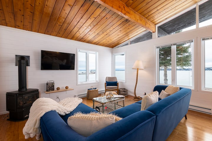 Hôtel à la maison- Cap à L'Île, vue, fleuve et spa