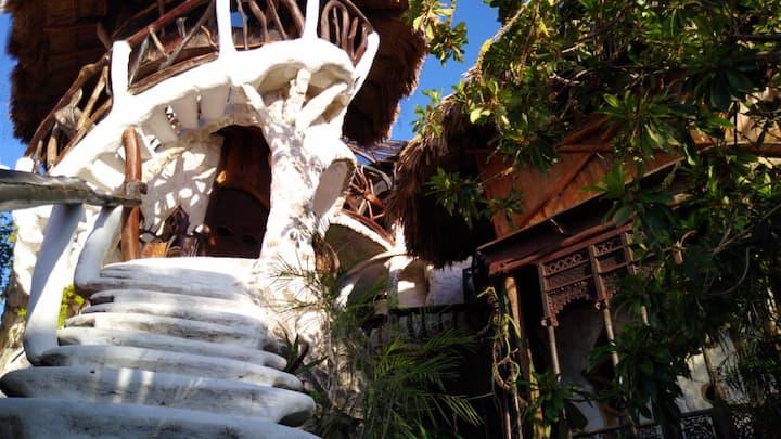 """Habitación """"La Torre"""" en La Quinta Orquídea"""