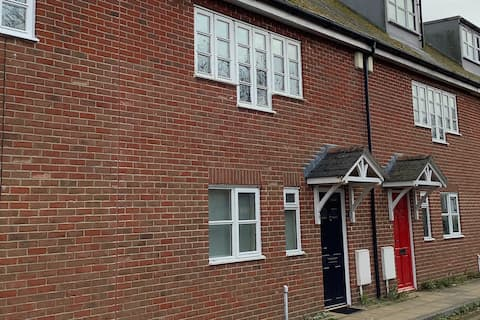 Relaxing townhouse in the heart of Bridport