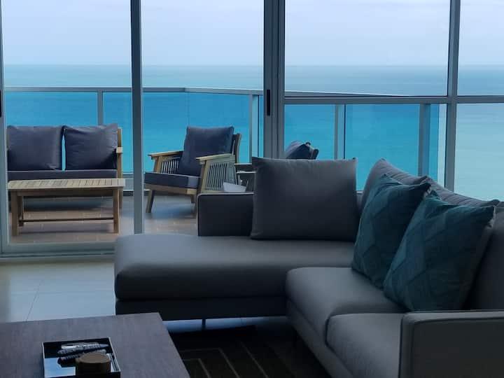 Ahhmazing Beachfront 22nd Floor Royal Palm