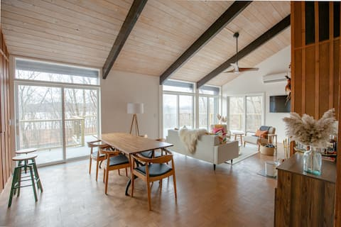 Private Hudson River Home, Ideal for Families