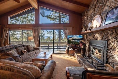 *Tahoe Vacation Stay w/Lake Views/Next to Casinos