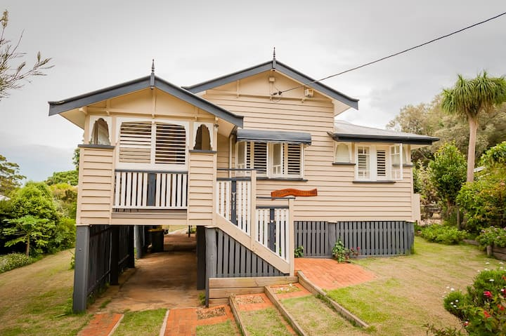 Beautiful Queenslander in the Heart of Maleny
