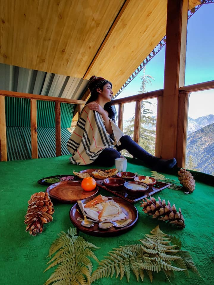 Sunny Mountaintop Cottage|Room-Attic Set|350m trek