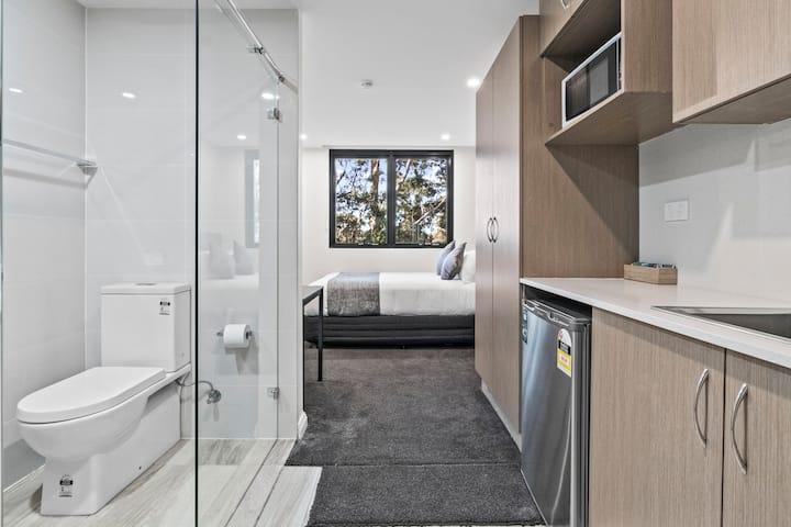 Seranin | Gordon - Standard Suite