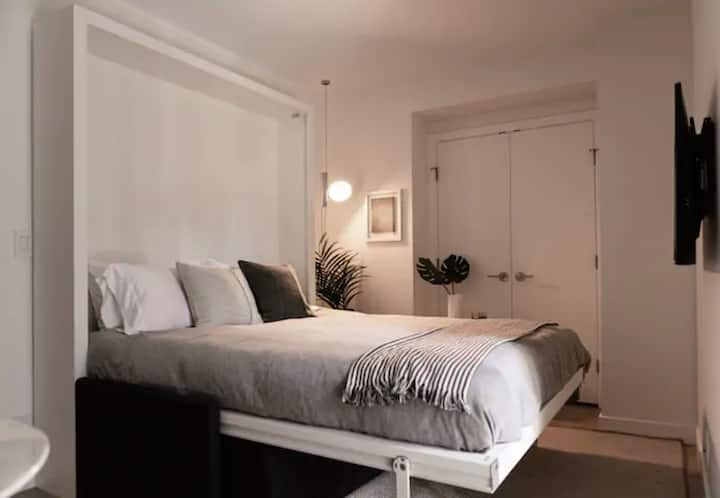 Vancouver House Flexible Stays 908 (+30 days)