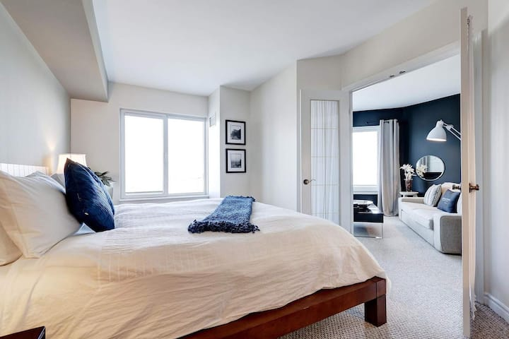 Corporate Stays | 50 Laurier | Luminous 1BR