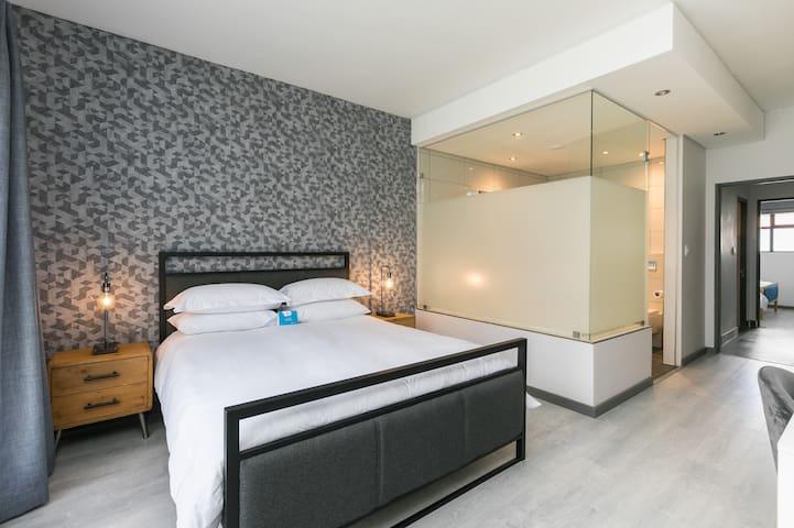 En-suite Bedroom | Ulo at Atholl Gate
