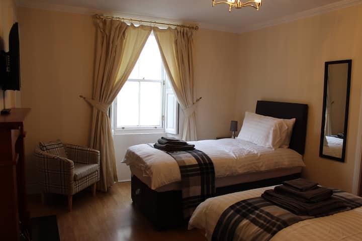 Number One Rooms. Haddington, East Lothian .