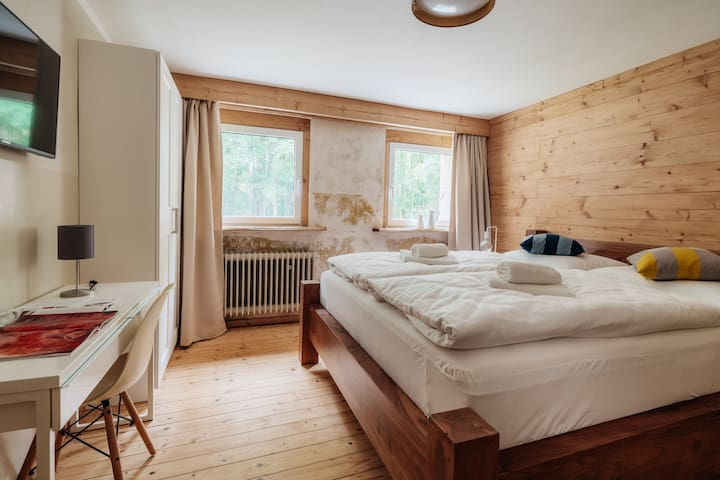 Schlafzimmer 06