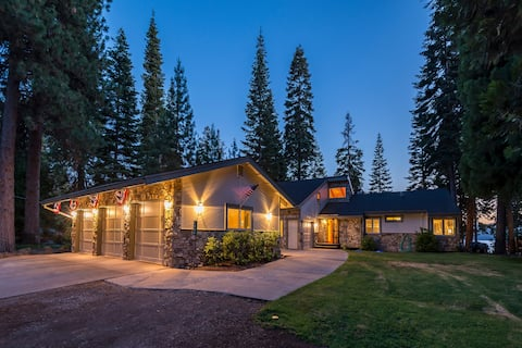 NEW!  Almanor Lakefront Home with Dock