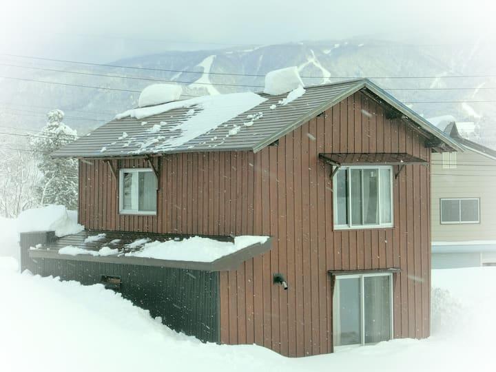 Cabin@Togari Ski Resort☃︎Lift 10min walk⛷ Pets Ok♡