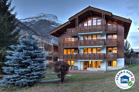 Apartment Breithorn,  2-4 people,  (SkiIn/SkiOut)