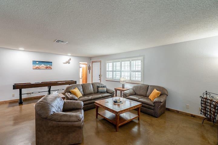 Comfy and stylish living room