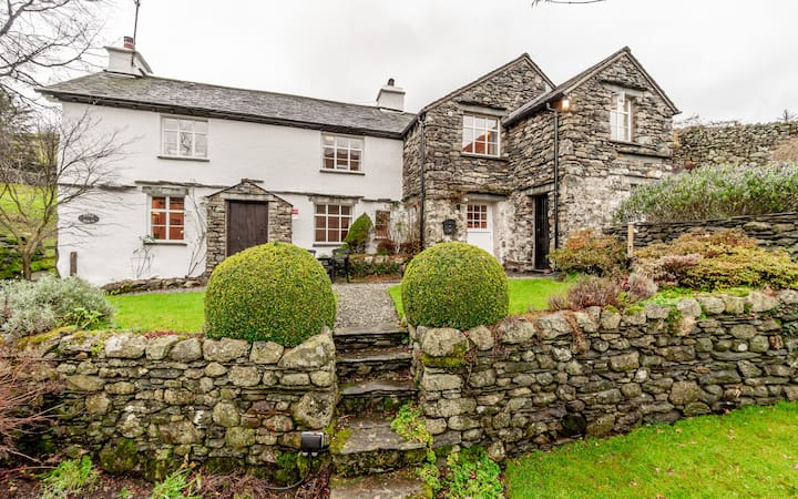 Pine Fold, Troutbeck. Classic Country Cottage