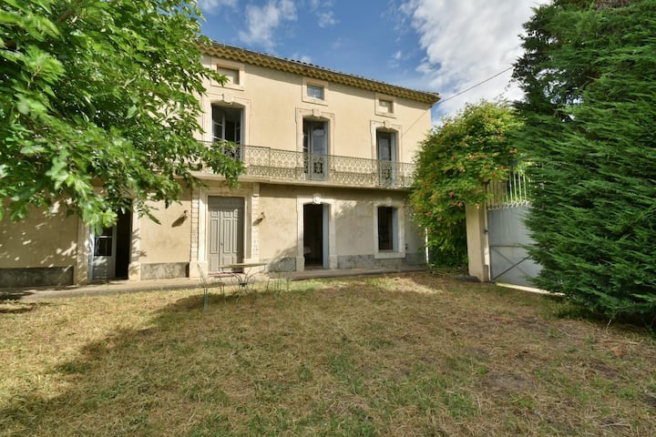 Domaine des Lions charming country house