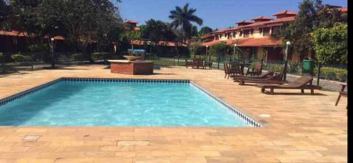 Casa em GERIBA 3 quartos em condomínio com piscina