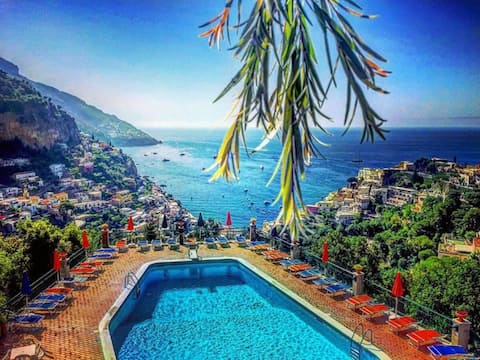 RELAXING POSITANO with pool and view
