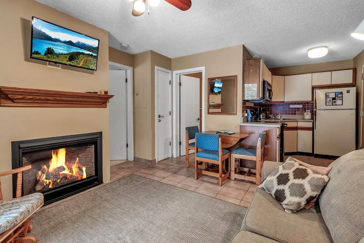 Holiday Valley Ski-in/Ski-out 1 Bed, 1 Bath Condo