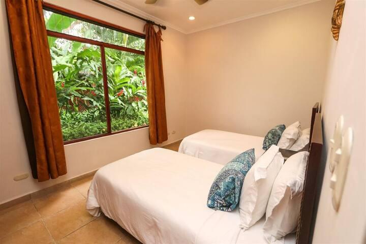 Second Bedroom w/2 Beds