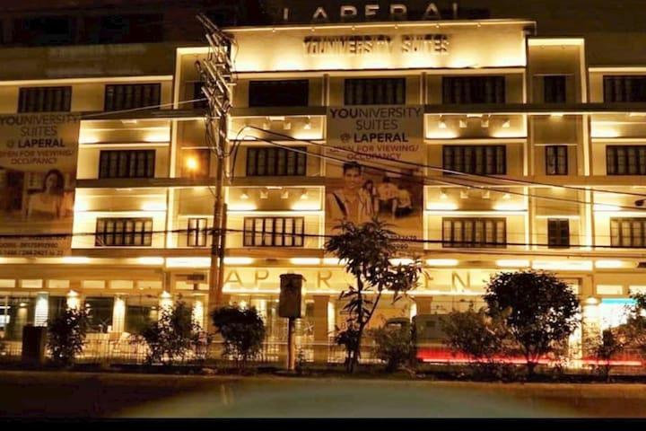 LA Apartments - Rich Heritage - LA Village, Manila
