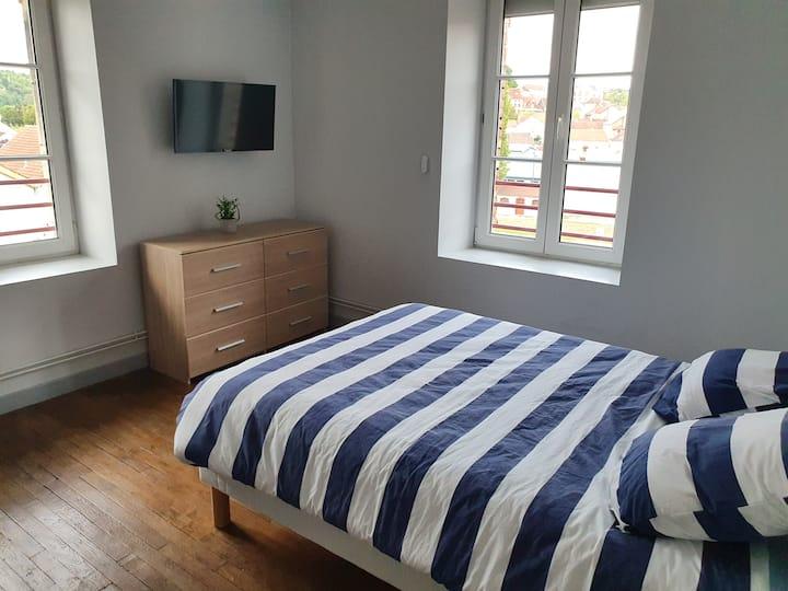 Appartement spacieux / Centre-ville de Montbard