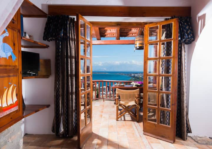 Traditional Homes- House with Sea View- Leonidas