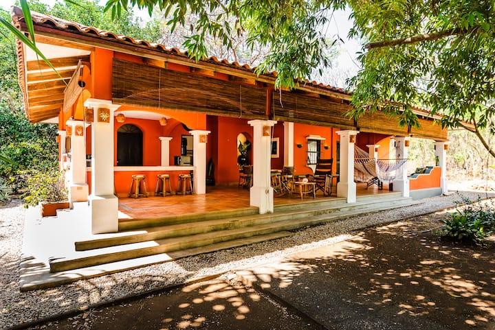 Villa Luna Grande Authentic Costa Rican Experience