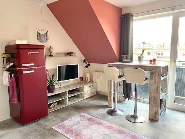 Apartment mit Bartisch