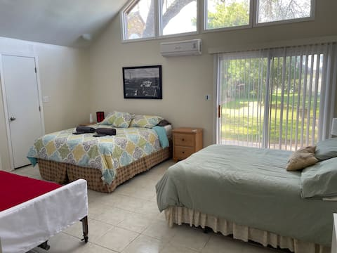 Country Club Condo - Golf, pool, great location!❤️