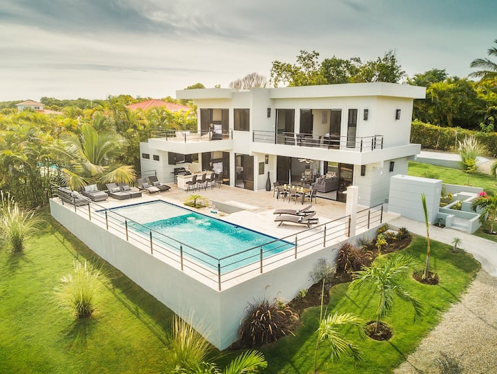 Stunning 3-Bed Pool Villa with Ocean Views
