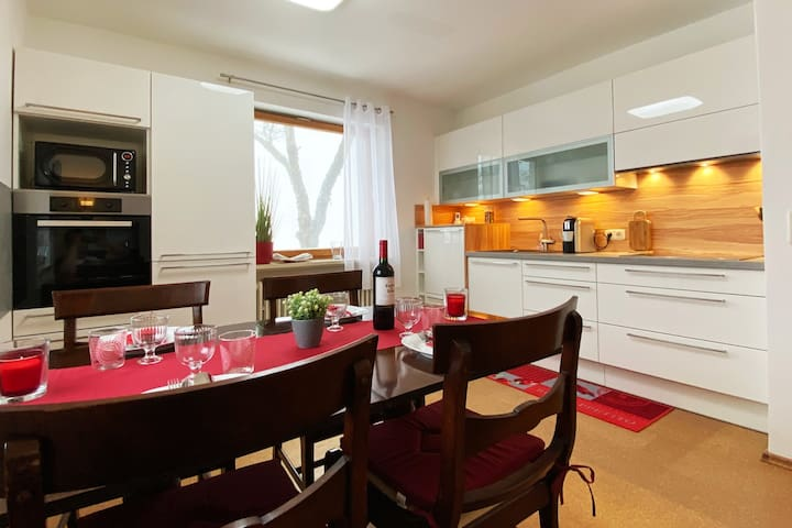 MITTEN im BAYERISCHEN WALD-95m² Wohnung+ *NETFLIX*