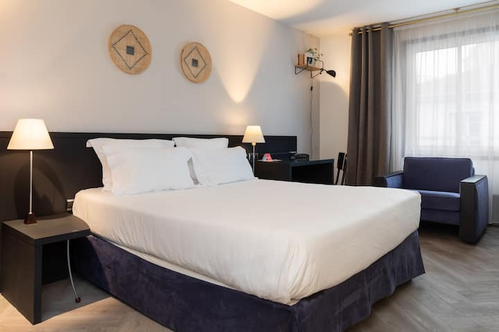 Superior Room in the heart of Lyon Perrache