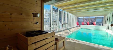 BYT  s vyhrievaným vnútorným bazénom a saunou