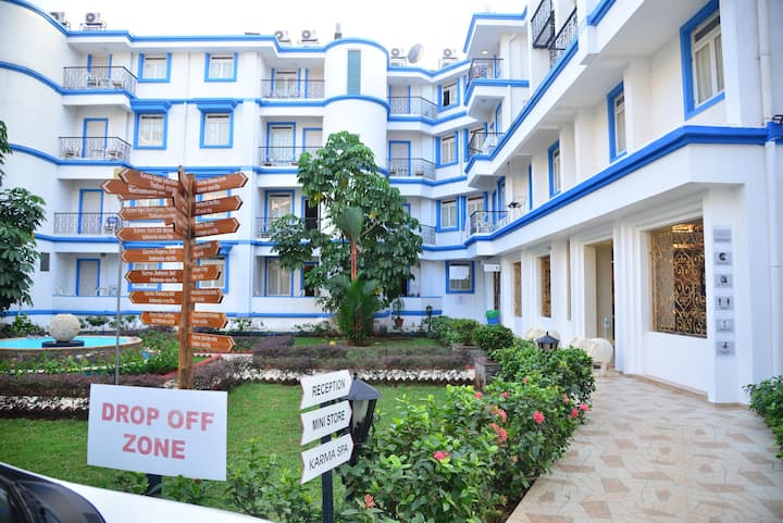 1 BHK Apartment for Rent in 3 Star Hotel
