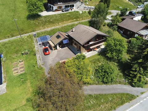 Cosy chalet for nature-lovers in Lower Wallis
