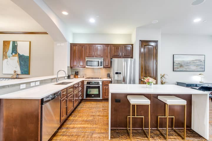 Luxurious remodel in Legacy