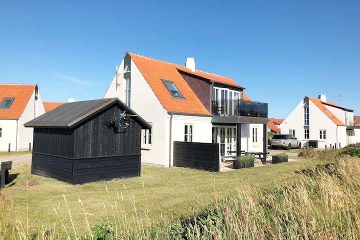 Sommerhus på 127 kvm i første række - havudsigt