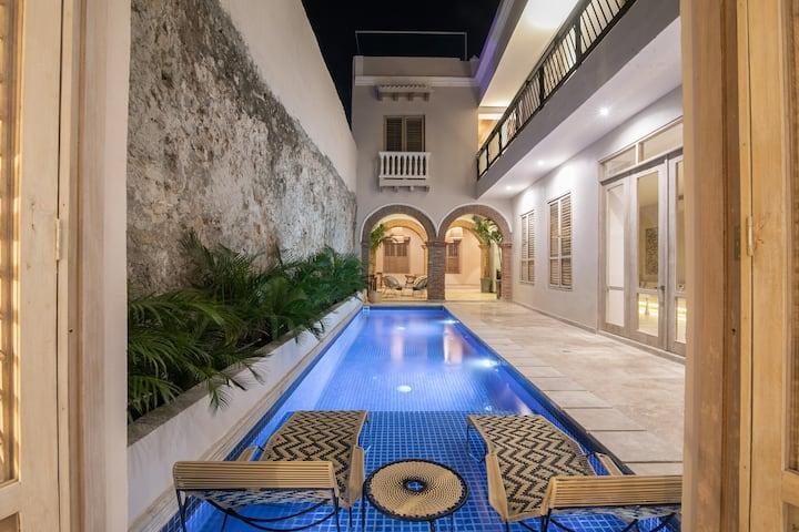 7 Bedroom Luxury Villa in Walled City