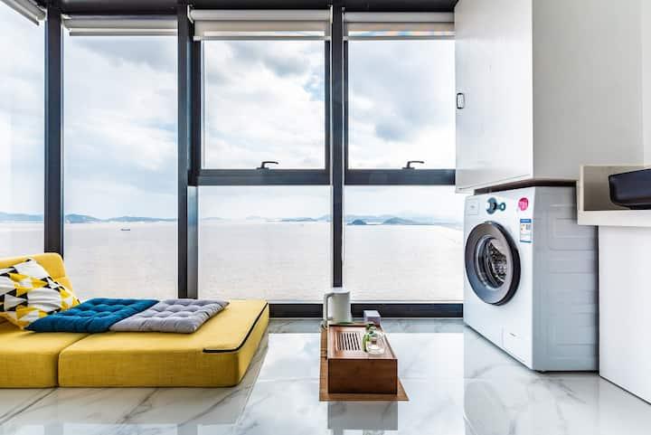 东港落地海景窗公寓可住4人 商圈中心近码头海鲜夜排挡