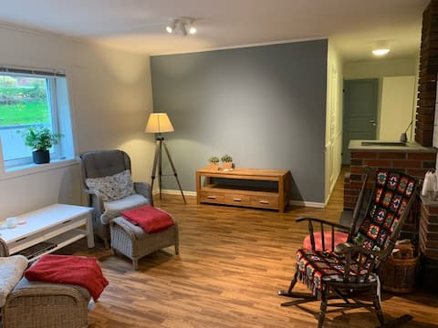 Apartment in a quiet neighborhood. Close to city