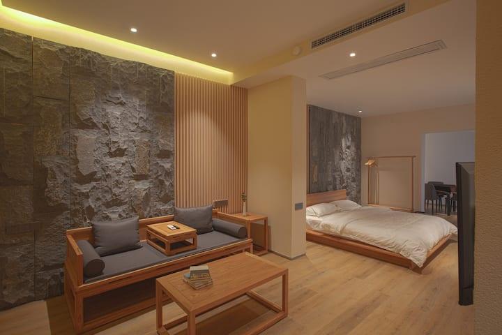 【妙高】岳麓山/独立景观阳台/浴缸/豪华大床房/休息室
