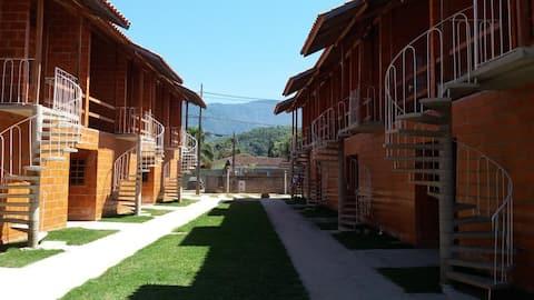 I7 - Apartamento novo em Ubatuba. 50% OFF